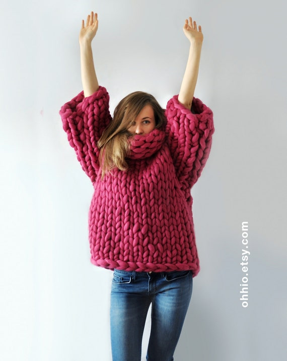 Mezzo punto. Super sweater. Oversize sweater. Merino wool. Cozy, warm, smooth.