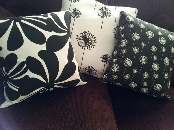 Black And White Throw Pillow Covers/ by PillowAndPurseShop on Etsy