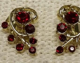 SALE 10% Vintage Red Rhinestone Goldtone Leaf Clipon Earrings