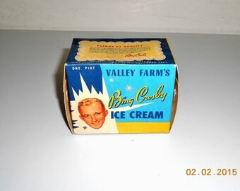 Vintage 1950 Hollywood Movie Star BING CROSBY Valley Farm's Cardboard Ice Cream Box One Pint Size