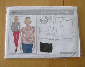 Style Arc Ann T-Top, Size 14