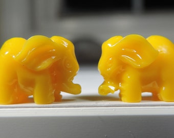 High Quality Beautiful Man-Made Detailed Coral Elephants In 6 Different Colors