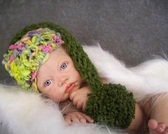 Newborn Elf Hat,OOAK Elf Hat, OOAK Pixie Hat, Newborn PIxie Hat, Green Elf Hat, Newborn Photo Prop, Knit Newborn Hat,Handknit Baby Hat,