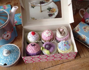 hand knitted cup cakes .