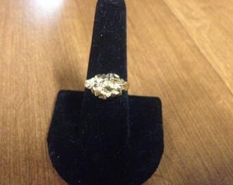 Vintage Goldtone Design Ring, Size 7.75