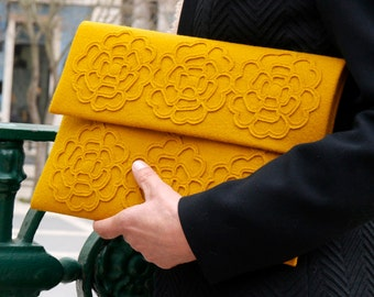 Envelope Clutch - mustard yellow