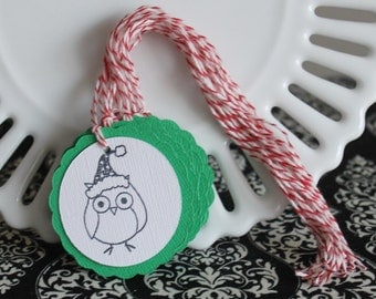 Christmas owl tags - Christmas green - set of 10 - perfect for gift tags, holiday parties, classroom treats, etc.!