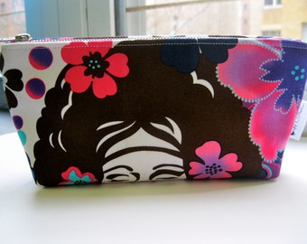Makeup Bag Urban Chic Face, Pink Floral Zipper Pouch, Makeup Case, Cosmetic Bag, Toiletry Bag, Flower Cosmetic Case, Betty Canvas Pouch