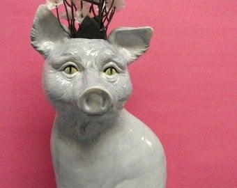 Piggy Kat vase