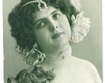 Postcard tinted green beautiful pearls ivy theater actress