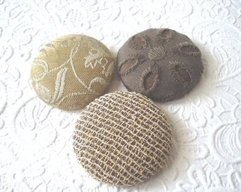Capuccino (browns) - 3 fabric covered buttons - 1.5 inches - size 60 - only one set available