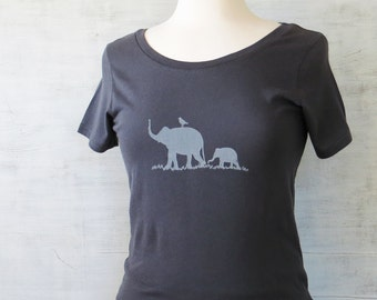 Womens Organic Cotton T Shirt - Womens Graphic Tee - Gray Scoop Neck Tee Shirt - Elephant Design Screen Printed Shirt