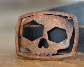Skull Bottle Opening Buckle by Fosterweld