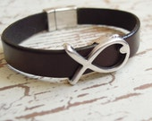 Leather Bracelet. Brown Bracelet, Silver Fish, Silver Magnetic Clasp
