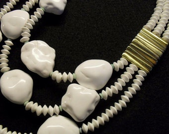 Authentic Les Bernard Chunky White Glass Lucite  3 Strand Runway Necklace Rare