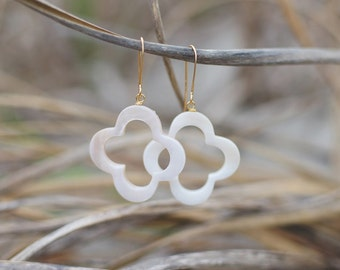 Mother of Pearl Clover Earrings. Edisto Collection. Bridesmaids Earrings.