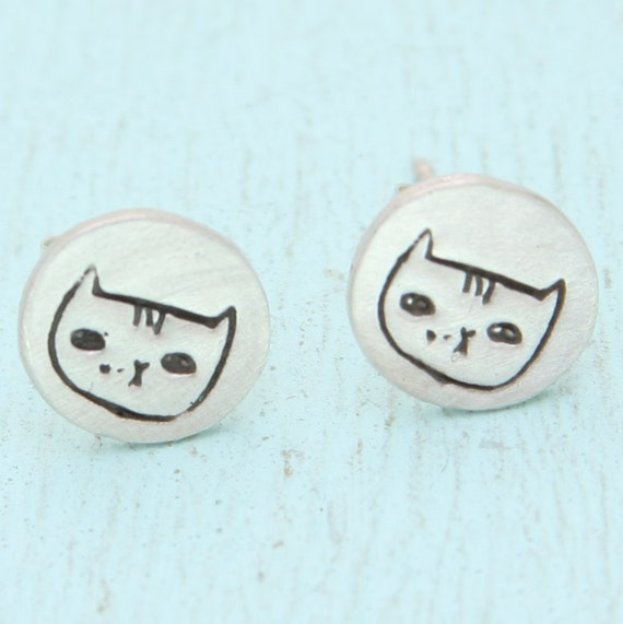 Alice the CAT stud earrings, Illustration by GEMMA CORRELL, eco-friendly silver. Handcrafted by Chocolate and Steel