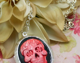 Sugar Skull Day of the Dead Large Locket PILL STASH Tattoos 24 Inch Necklace Silver RED