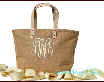 Personalized Bridesmaid Tote Jute Bag - Natural Burlap wedding tote - Monogrammed jute tote with leather handles, Rustic wedding gift