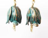 Tulip Clip-on Earrings, Verdigris Flower Clip Earrings, Gold Ear Clips, Aqua Tulips, Gold Chain Dangle Handmade, Little Bloemen