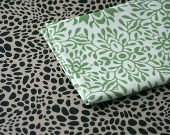 Star Bramble Fabric - Green - Small Piece