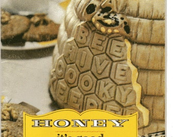 HONEY It's Good Everyway Recipe Calif Honey Advisory Booklet Vintage Cookbook