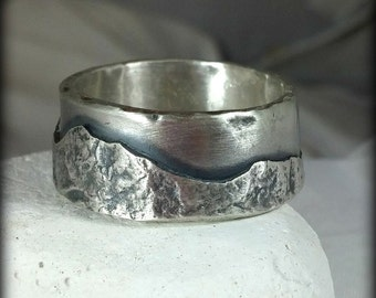 Mountain range silver wedding band, Mens Ring, unisex jewelry, custom made rustic sterling ring
