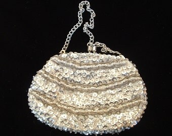 Beaded evening bag small size with sequins seed beads faux pearl beads silver tone carrying chain vintage for women hand made in Hong Kong