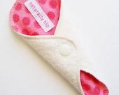 "6"" Organic Hemp Fleece Thong Panty Liner - Coral Pink Dots - Cloth Menstrual Pad - Sanpro"