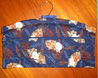 Japanese Fans Design Closet Hanger Organizer Quilted Fabric Navy