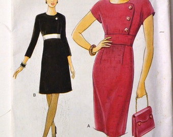 Sewing Pattern Vogue 9496 Misses' Dress  Size 6-10 Bust 30-32 inches Uncut Complete