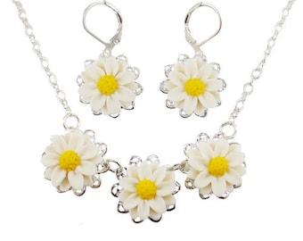 Daisy Jewelry Set - Trio Daisy Jewelry, White Daisy Wedding Jewelry, April Birthday Birth Flower