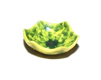 Cute Ring Dish Green Yellow Hexagon Gift for Women Ceramic Pottery Bowl Small Shower Gift Bridesmaids Gift Wedding Favor Mottled Ring Dish