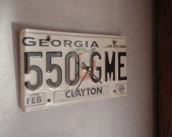 Georgia License Plate Clock - Recycled and Repurposed Wall Clock - Altanta -Bulldogs - FREE SHIPPING