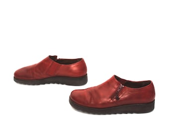 size 9 PLATFORM burgundy red leather 80s 90s WEDGE zip up ankle boots