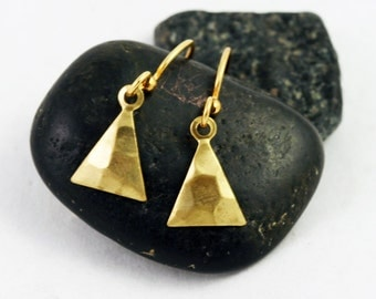 Triangle Earrings , Petite, simple everyday hammered brass dangle earrings, tiny gold earrings (hammered brass), minimalist jewelry