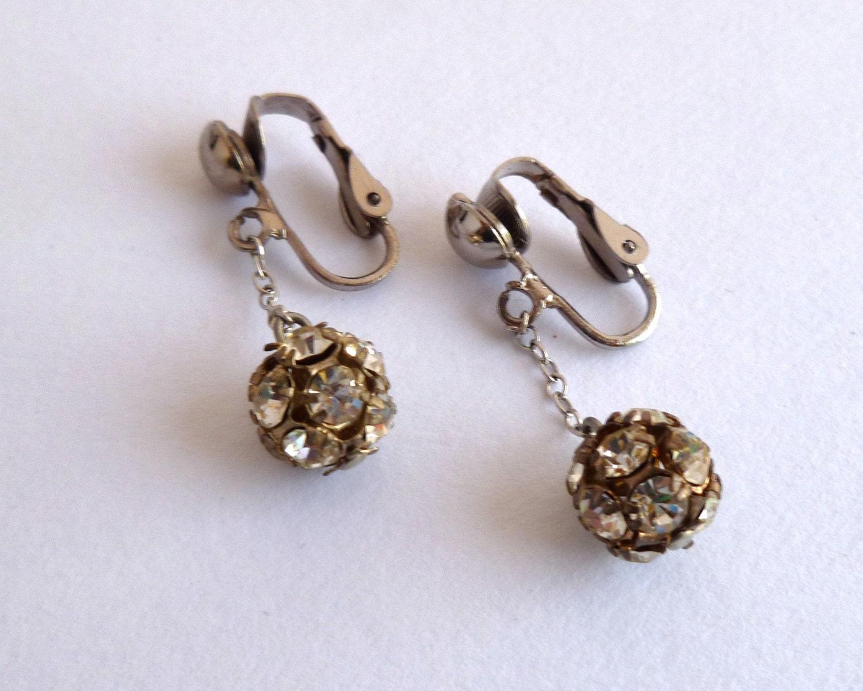 drop rhinestone earrings 1950s jewelry by bitsandpiecesetc