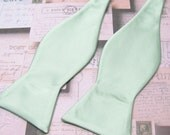 Mens Bowtie. Freestyle Dusty Mint Bowties. Dusty Shale Green JCrew Inspired Bow tie With Matching Pocket Square Option