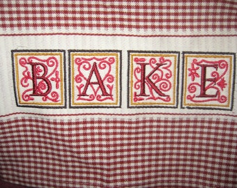 Gingham Kitchen Towel with Bake Saying