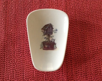 "Ceramic Spoon Rest with Bird House with a Dog  5"" Long and 3 1/2 Wide at Top of Spoon"