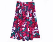 80's rayon FLORAL vintage  skirt // dark pink floral // midi skirt // mid length skirt // size S M