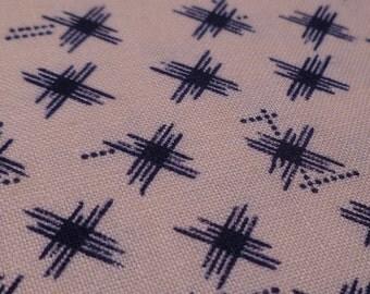 Crosshatch - Vintage Fabric - Cotton - Simple