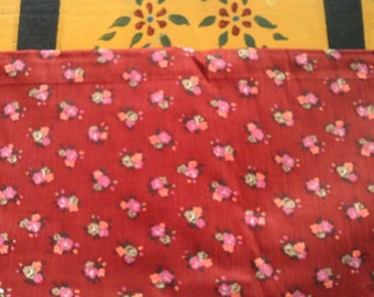 1/2 Yard Vintage Cotton  Quilt Fabric Pink Roses of Mullberry