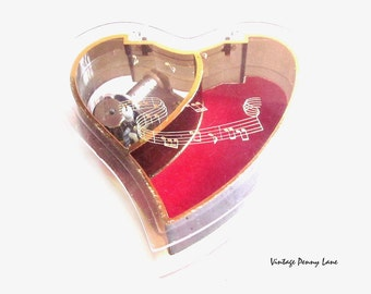 Vintage Plastic Heart / Music Box / Trinket Box