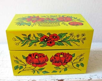 Vintage 1960's  Bright Yellow w Big Red Poppy Flowers Metal Recipe Box for your Kitchen Recipes, Desk Top Cards, Vintage Tin Box