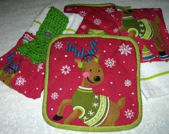 Kitchen Set 2 hanging towels & Pot Holder Oven Reindeer, Bright Green Top