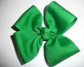 Emerald Green Hair Bow (Item 15-129)