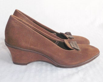 1950's Vintage Brown Suede Wedge Loafers Shoes Size 6 from Abandoned Time Capsule House