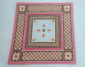 Dollhouse Miniature Area Rug in Pink, Blue and Brown