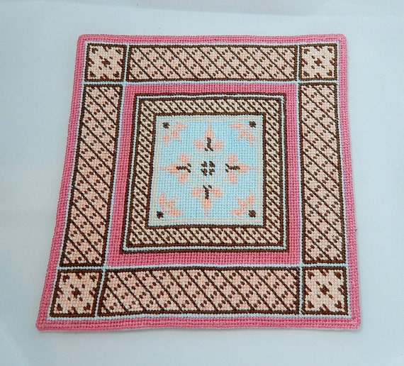 dollhouse miniature area rug in pink blue and brown. Black Bedroom Furniture Sets. Home Design Ideas
